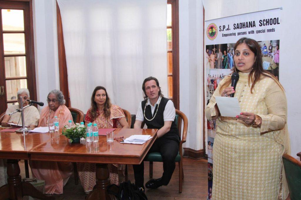 Tejal Kothari, teacher at S.P.J. Sadhana School, addressing the audience