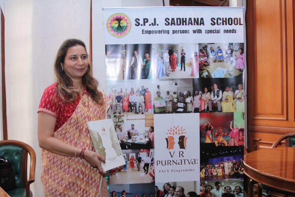 Dr. Radhike Khanna - Proudly presenting the V.R. Purnatva Book