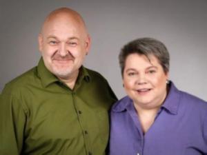 Co-Founders of SAINARI: Cornelia & Roland Drescher