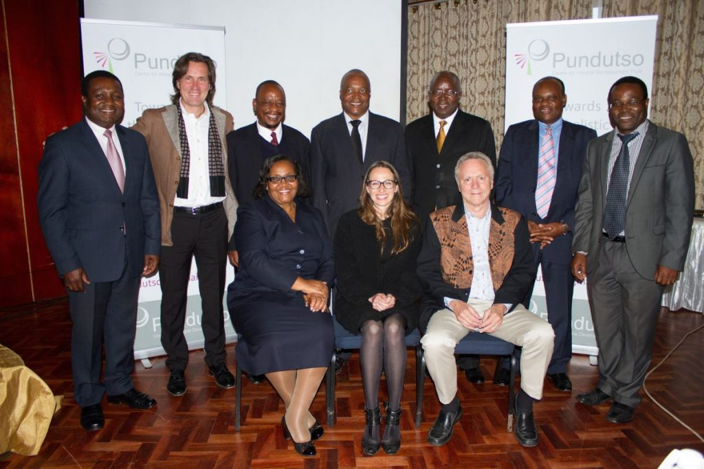 Team Pundutso and Trans4m, together with Representative of the Minister of Industry and Commerce of Zimbabwe