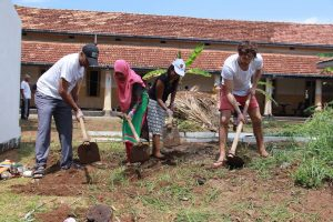 During my first week with Sarvodaya in Sri Lanka: Participating in a Shramadana Project for a hospital