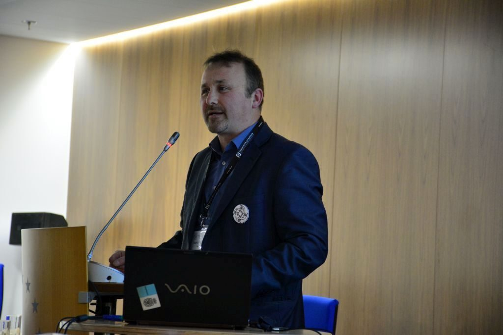 2017 02 04 Slovenia Integral Green Marko Slapnik