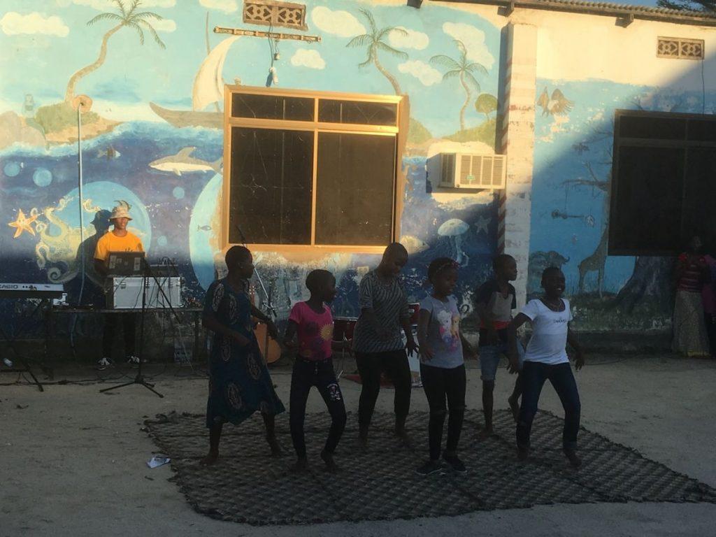 2018 03 18 Tanzania Kigamboni KCC Performance 3