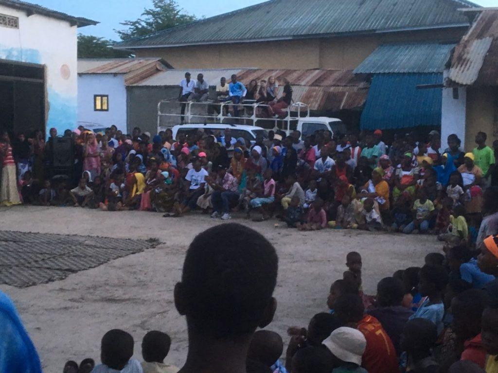 2018 03 18 Tanzania Kigamboni KCC Performance Audience 3