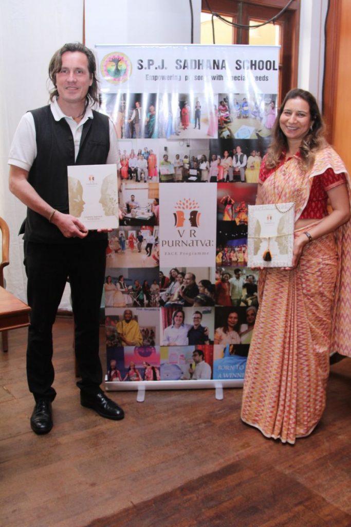 Purnatva Integral Education Booklaunch - Radhike & Alexander 2016 06 17