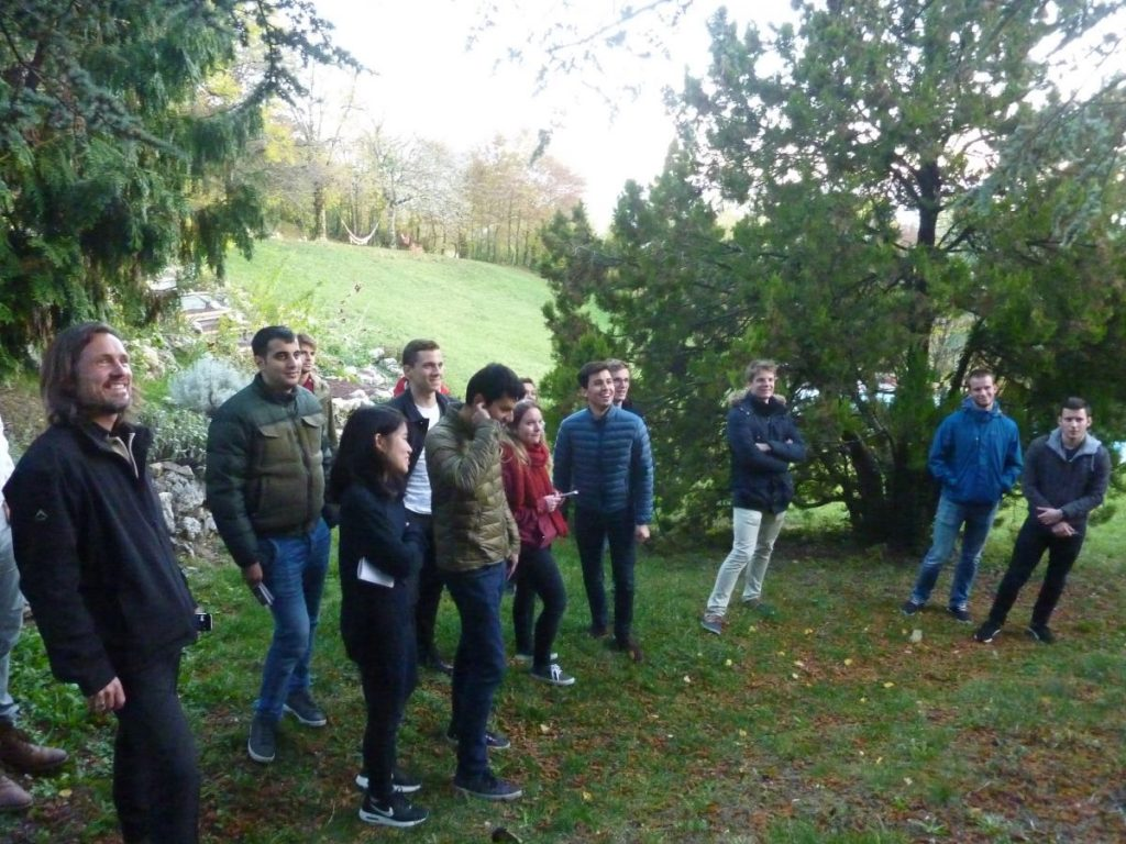2016-11-02-hotonnesta-course-st-gallen-group-work-outdoor-3