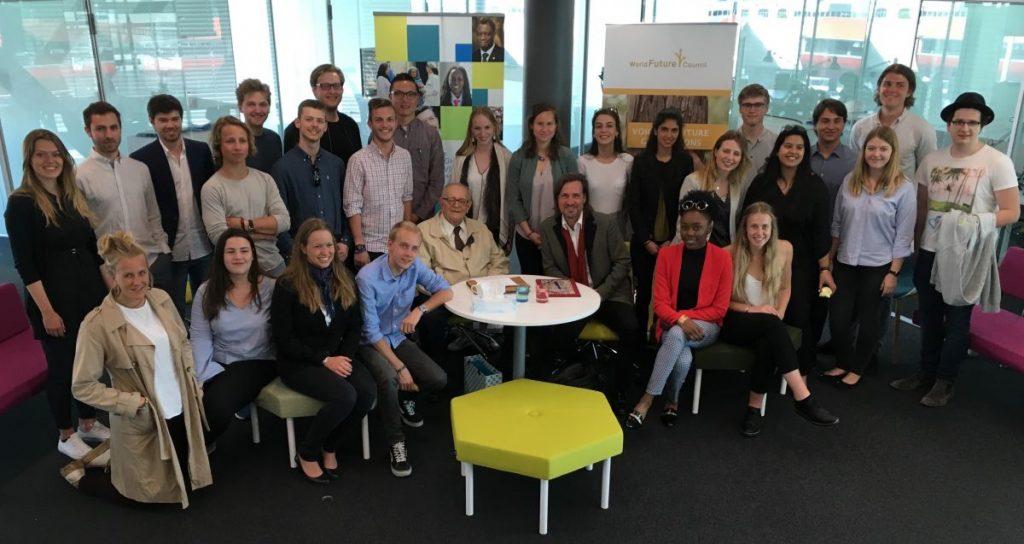 2017 04 10 Geneva Full Course Group Picture with Cornelio Sommaruga