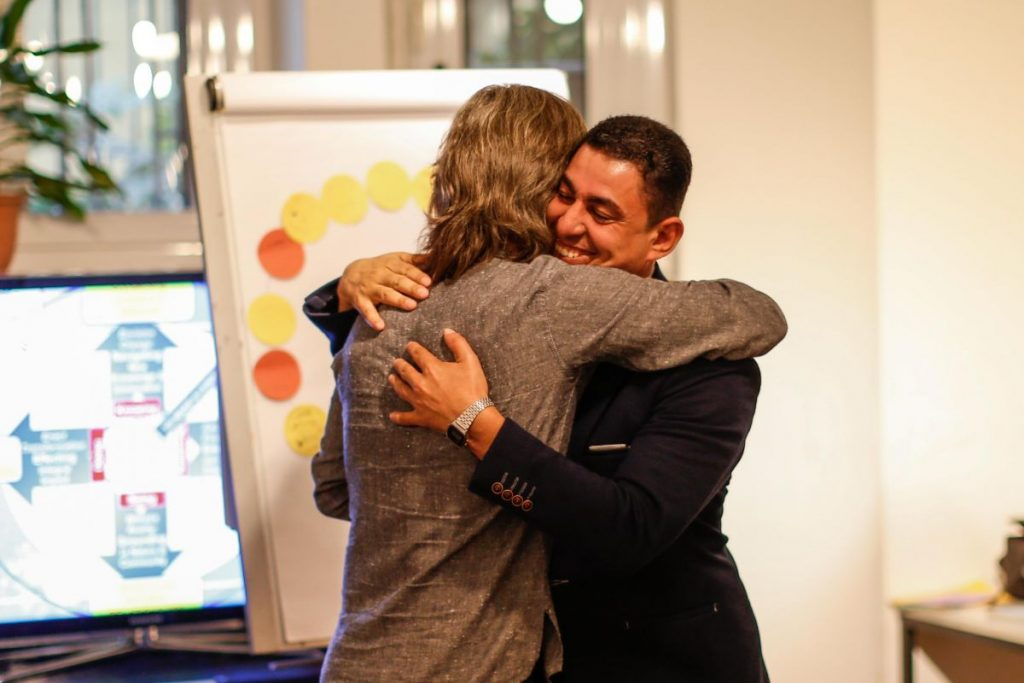 2018 10 20 Cairo Goethe Tahrir Workshop Participants Alexander Journalist Hug