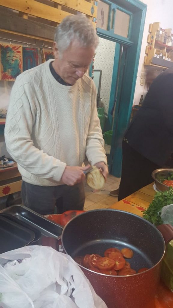 2018 11 24 Phd Module Amman Ronnie Cutting Food