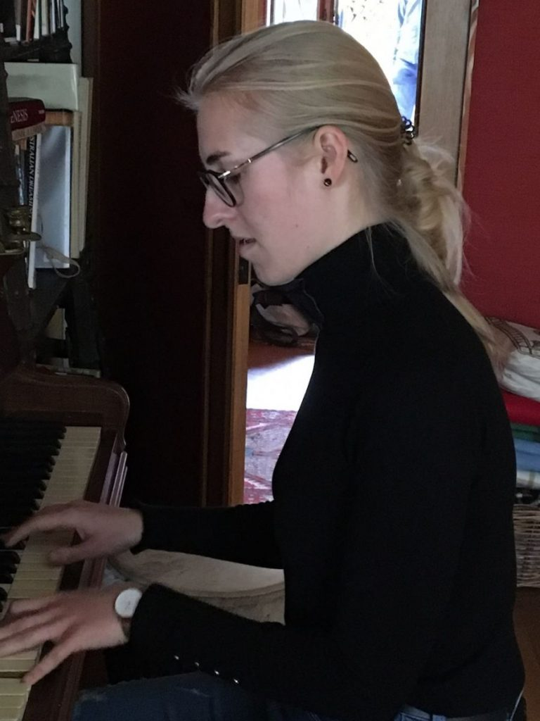 2019 10 28 TA Course St Gallen at H4H Caroline Heuwing Piano