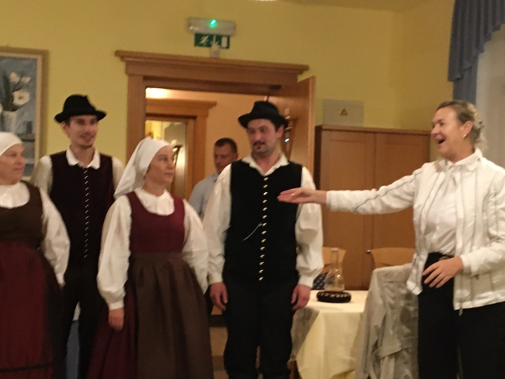 2019 11 22 Slovenia IGE 2019 Slovene Folklore with Ivana Leskovar